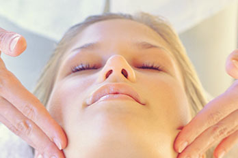 This effective mini facial treatment will leave your skin looking smooth, clear and rejuvenated.