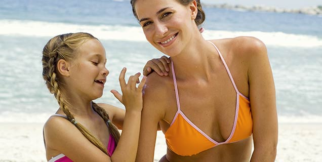 Safe Sunscreens, advice for the chemical ingredients in your sunscreen.
