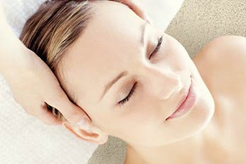 Beauty facial and remedial or relaxation Valentines Day massage special offer Mooloolaba and Caloundra