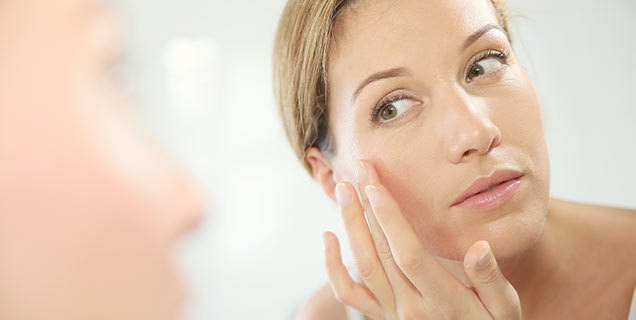 Facial Serum versus Facial Moisturiser which is better? A Perfect Blend. Sunshine Coast Qld