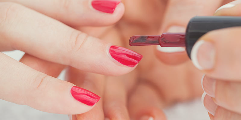 Applying nail polish and the chemicals to avoid when purchasing