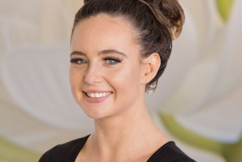 Brooke Sherwood is experienced in Advanced Facials, Waxing and Therapeutic Relaxation Massage.