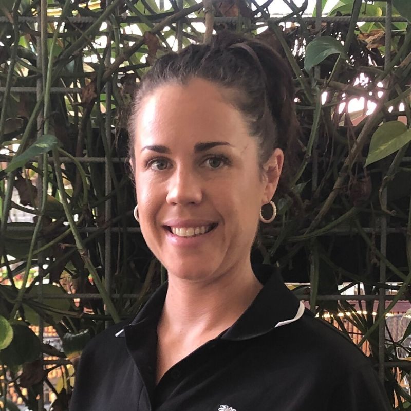 Sarah Williamson - Beauty Therapist, specialising in OrganicSpa Certified Organic Facials. Caloundra. Manicures and Pedicures with non toxic Sienna Nail Polish.